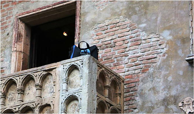 Bag without his Juliet on the balcony of the Casa di Giulietta in Verona.  Italy, May 2015.
