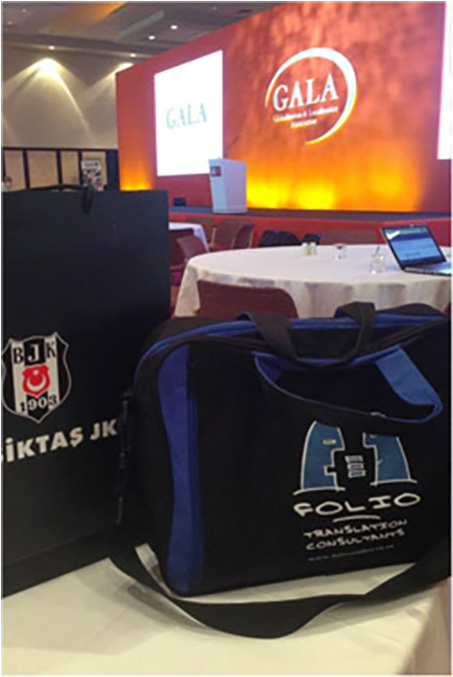 Bag & his Besiktas friend rubbing shoulders at the GALA conference, Istanbul, March 2014.