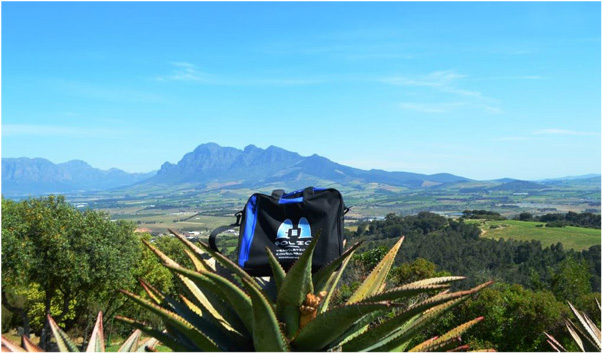 Bag admiring the beautiful view of the Drakenstein valley from the Afrikaans Language Monument, Paarl. 2015.10.16
