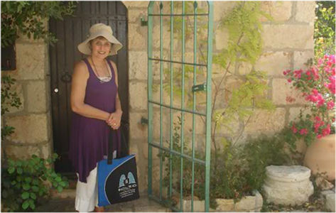 Bag and friend ready to explore Jerusalem on foot.