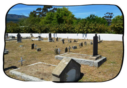 The historical cemetary on Kleinbosch farm, Dal Josafat, Paarl. 2015.10.16
