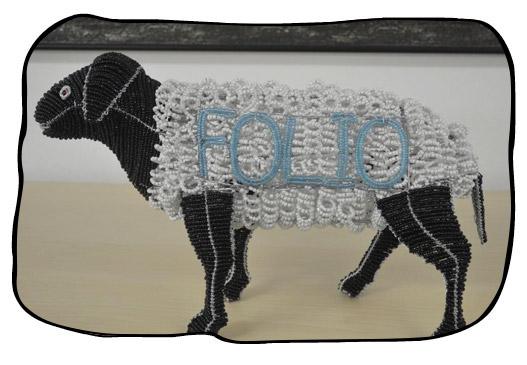 Folio mascot Mê! Courtesy of Folio intern Elana Botha.